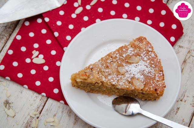 Gâteau à la poudre d'amandes et aux amandes effilées
