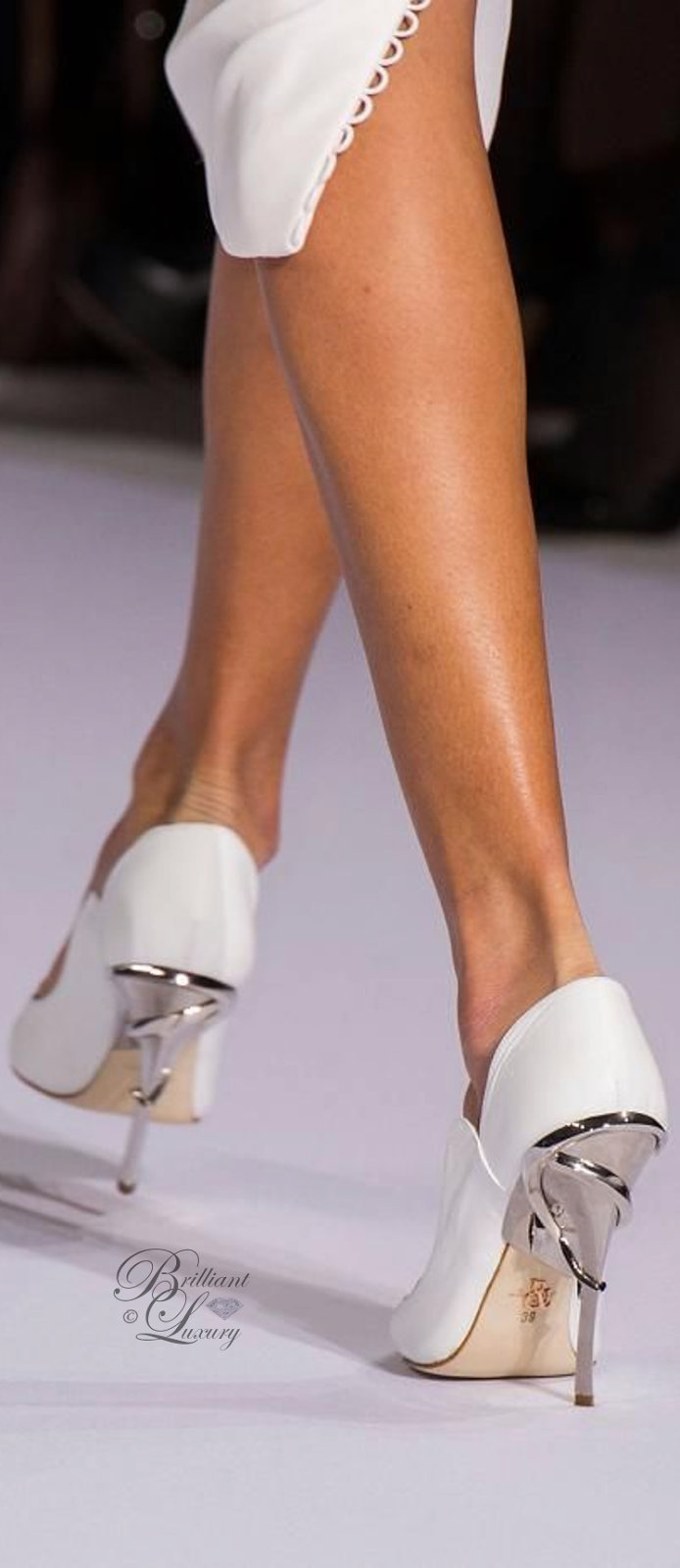 Brilliant Luxury ♦ Ralph and Russo Eden Eve Pump