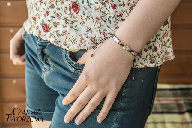 ręcznie wykonana bransoletka żuczek skarabeusz kryształ
