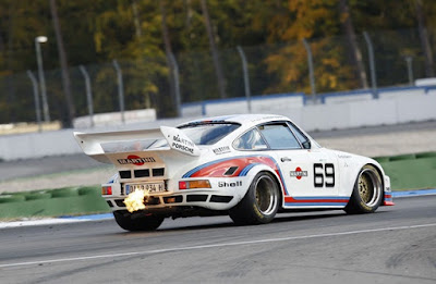 1976 Porsche Martini 934 5 Action on the racecourse