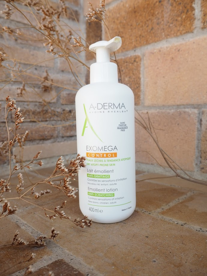 photo-crema-aderma-exomega-control