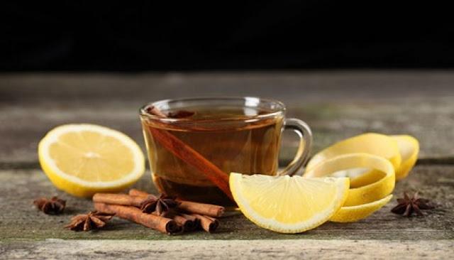 ρόφημα από μέλι, λεμόνι και κανέλα