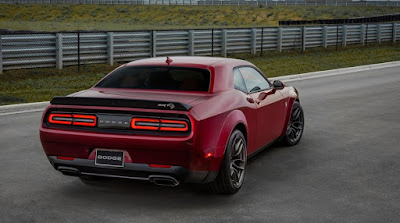 2018 Dodge Challenger Hellcat SRT Widebody Rear