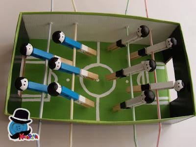 Calcio balilla fai da te con scatola di scarpe