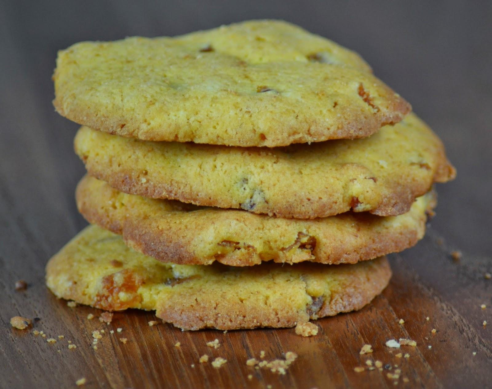 Zelfgemaakte koekjes met abrikoos