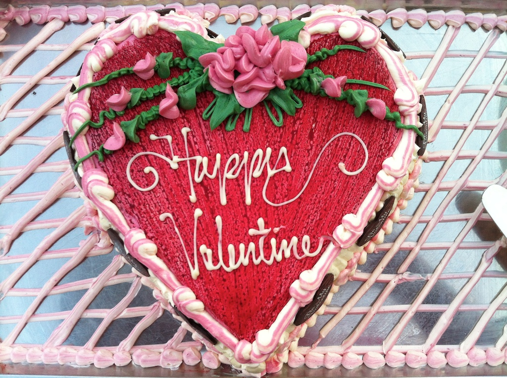 Happy Valentines Day 2018 Chocolates Cakes Images & HD Greeting ...