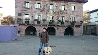 Kenzie  y yo en la plaza