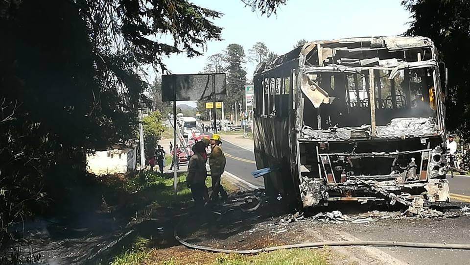 72b4b02a0f0f Camión incendiado en la México-Tuxpan