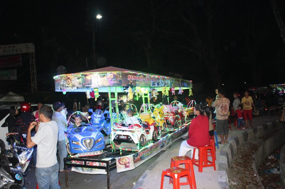 Permainan Odong Di Jalan Wr Supratman Ramai Kunjungan Anak