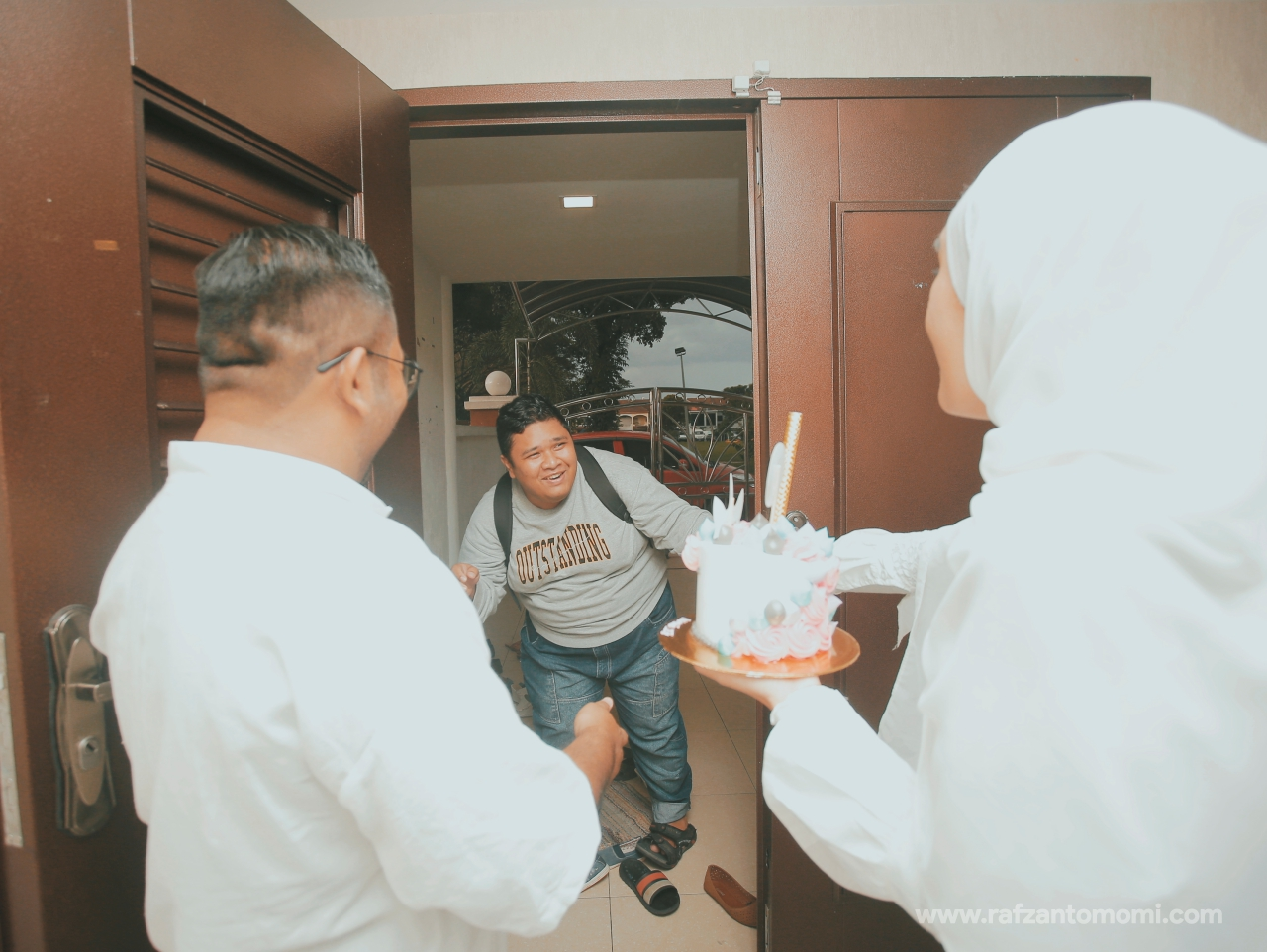 MOMI SURPRISE BIRTHDAY PARTY