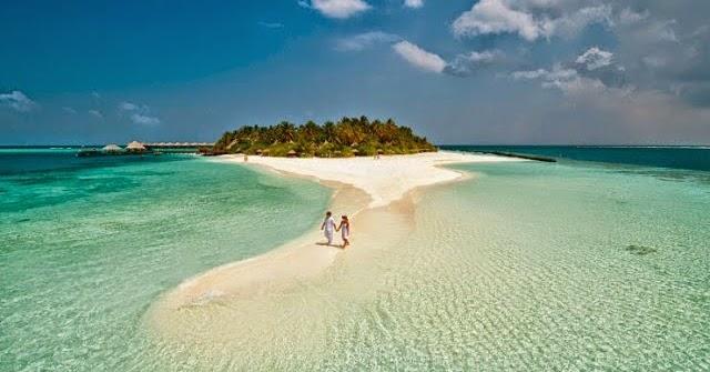 Best Relaxing Travel Blogs