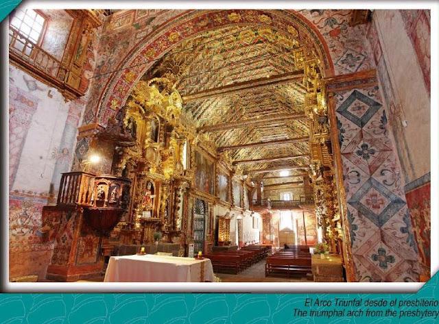 Igreja de São Pedro e São Paulo em Andahuaylillas