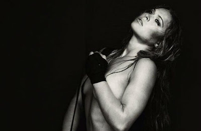 Ronda Rousey Topless