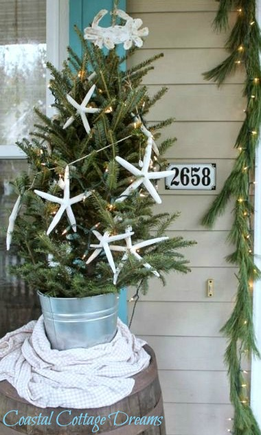Outdoor Coastal Mini Christmas Tree