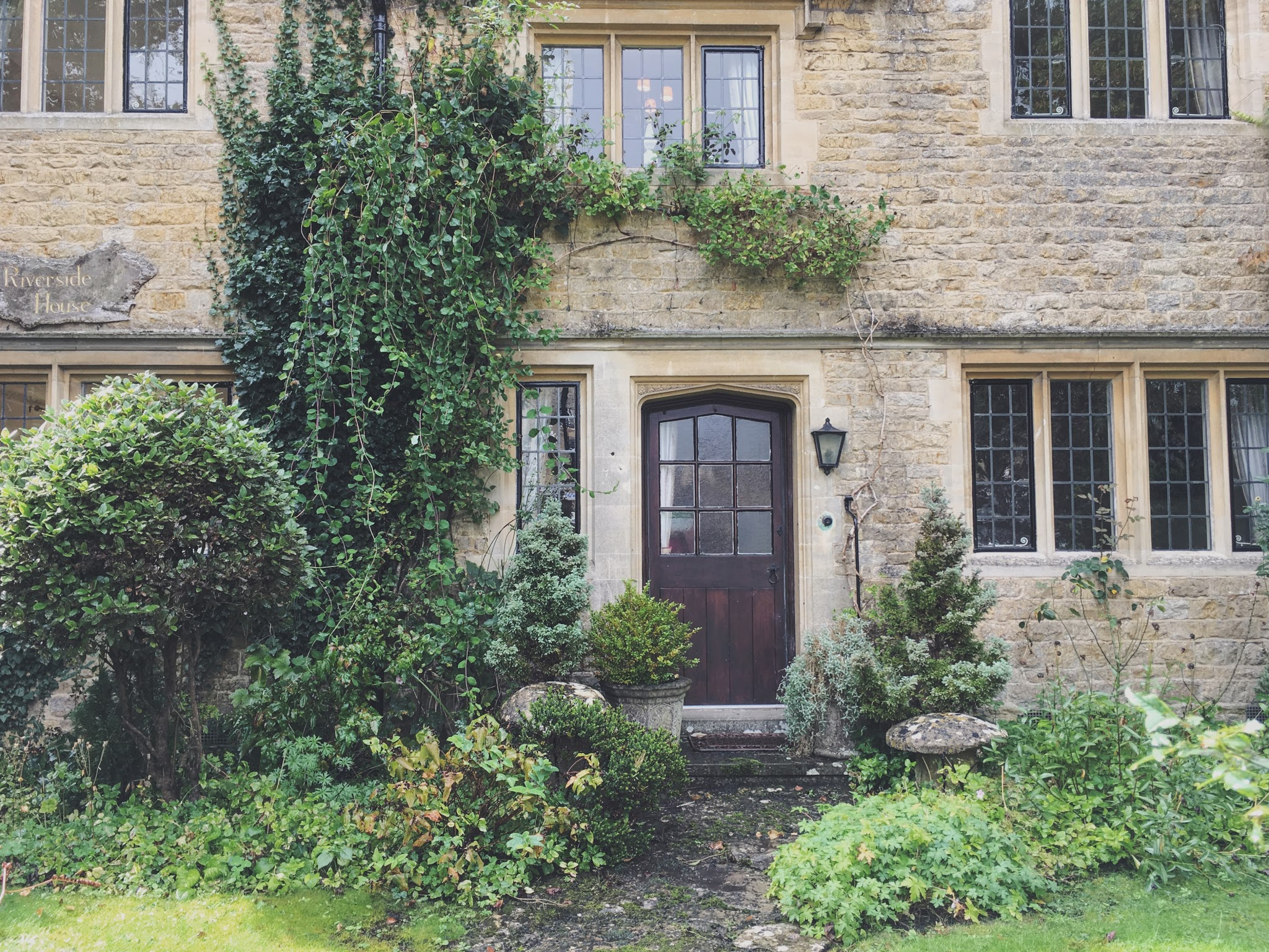 Cute cottage in Bourton-on-the-Water, Cotswolds, England