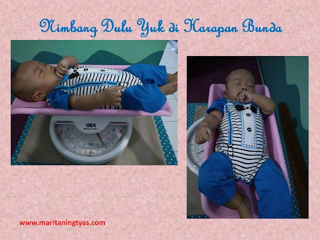 Ditimbang di Harapan Bunda Baby Spa