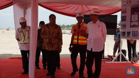 Tetap Bekerja di Hari Ulang Tahunnya! Jokowi Hanya Berharap Indonesia Maju dan Sejahtera!