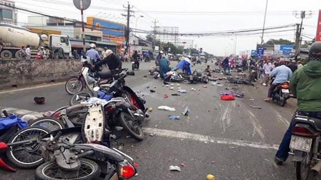 Chuyên gia đề xuất toàn quốc cấm xe máy sau vụ tai nạn ở Long An