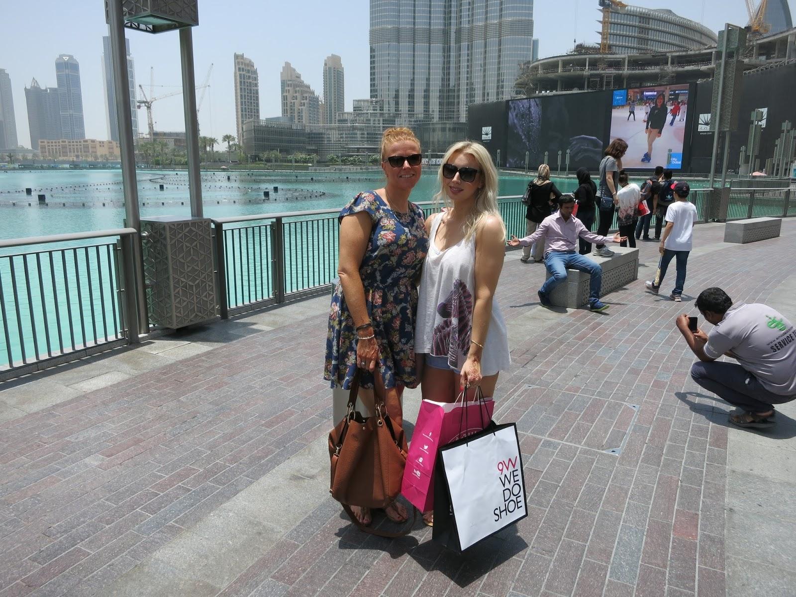 dubai mall, burj khalifa