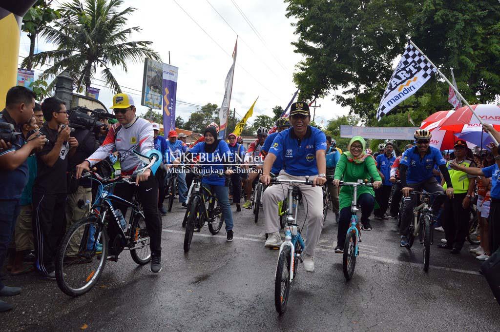 Gubernur Ganjar Pranowo Batal Datang di Gowes Peduli Kemanusiaan Karanganyar