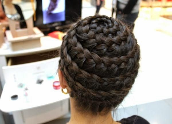 The Spiral Braid Images and Video Tutorials  The HairCut Web