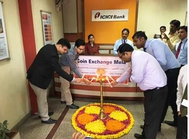 Mr. K Prateek, Manager, Reserve Bank of India, Issue Department, Jaipur, inaugurating ICICI Bank currency exchange mela at ICICI Bank bra