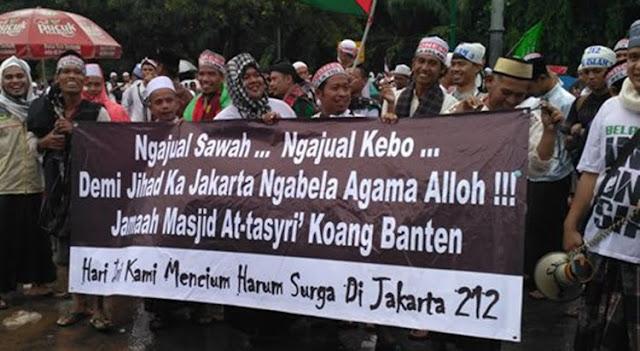 Jual Sawah Dan Kerbau Demi Bela Islam di Jakarta
