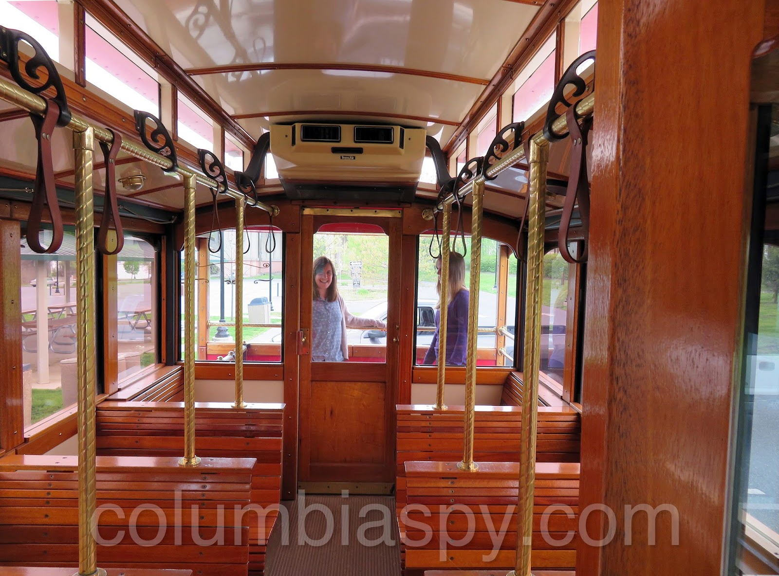 columbia spy columbia trolley spyed at columbia crossing. Black Bedroom Furniture Sets. Home Design Ideas