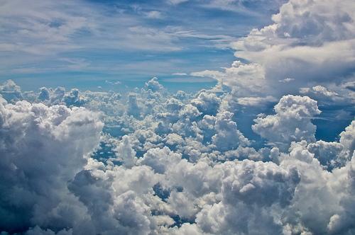 Martlar Kadar zgr Bulutlar Diyorum