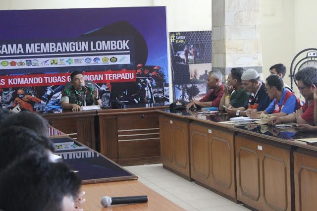 Diakhir Penugasan, Kogasgabpad TNI Undang Relawan Gempa NTB