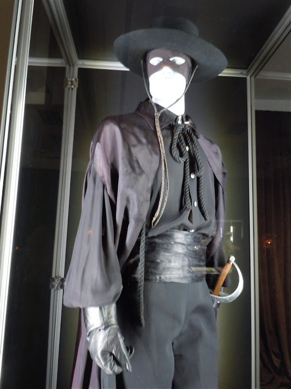 Zorro TV costume