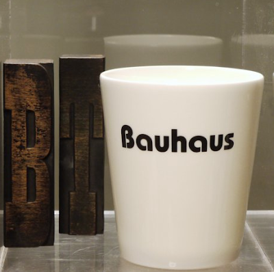 pencil cup with the word Bauhaus in the Bauhaus typeface