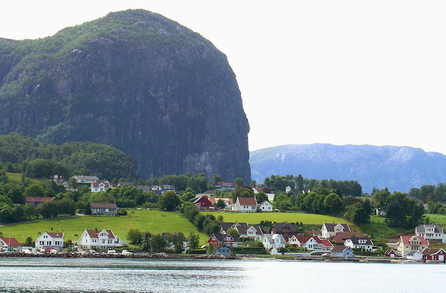 Norway's breathtaking fjord country!