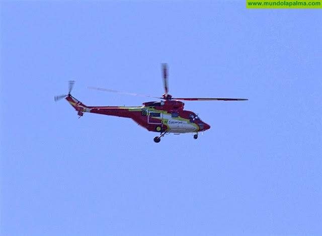 El Helicóptero del GES rescata a una senderista en El Paso