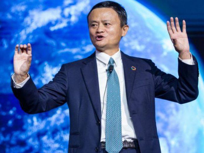 Từ Jack Ma đến Bill Gates, những tỷ phú giàu có bậc nhất thế giới đã làm gì trong cuộc chiến chống đại dịch Covid-19?