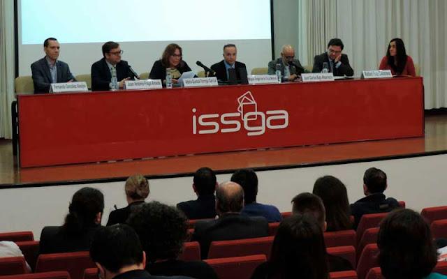 Presentación de la Jornada en el ISSGA Gallego
