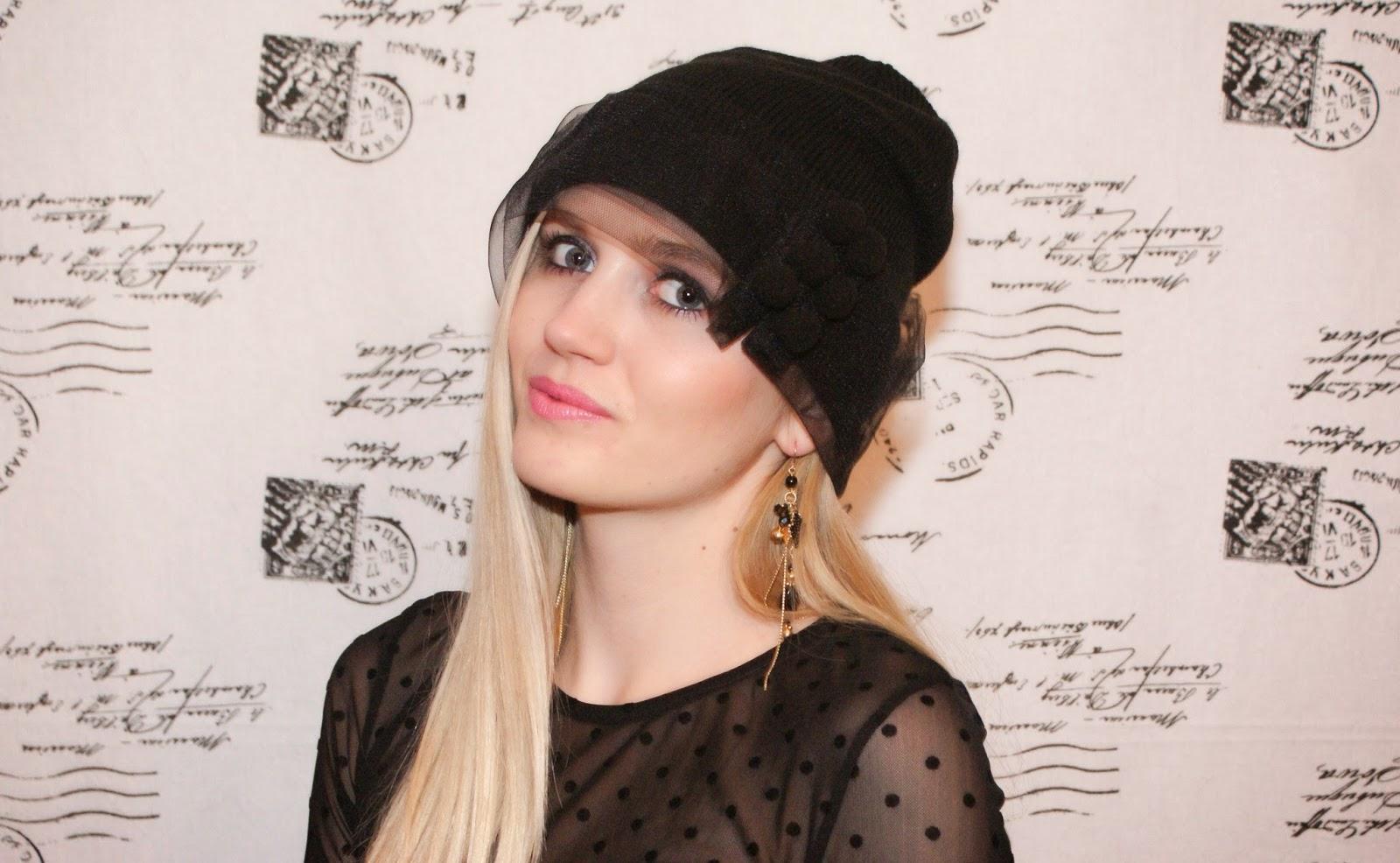 czapka z woalką