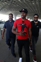 Dwayne vo  ~ Airport Fashion ~  Exclusive.jpg