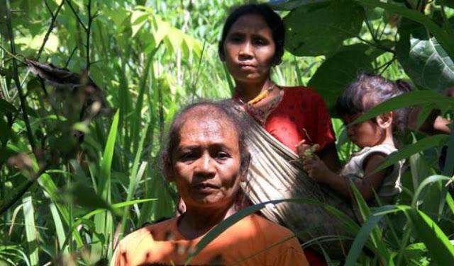 Lima Tradisi Paling Aneh Di Dunia