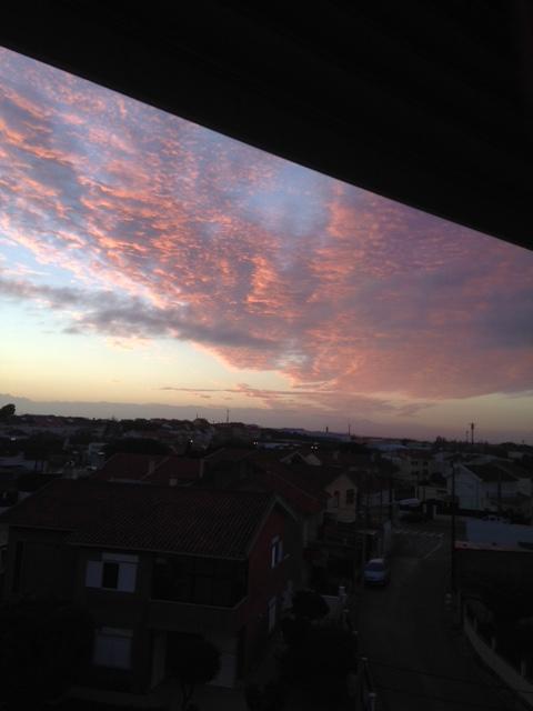 céu ao amanhecer