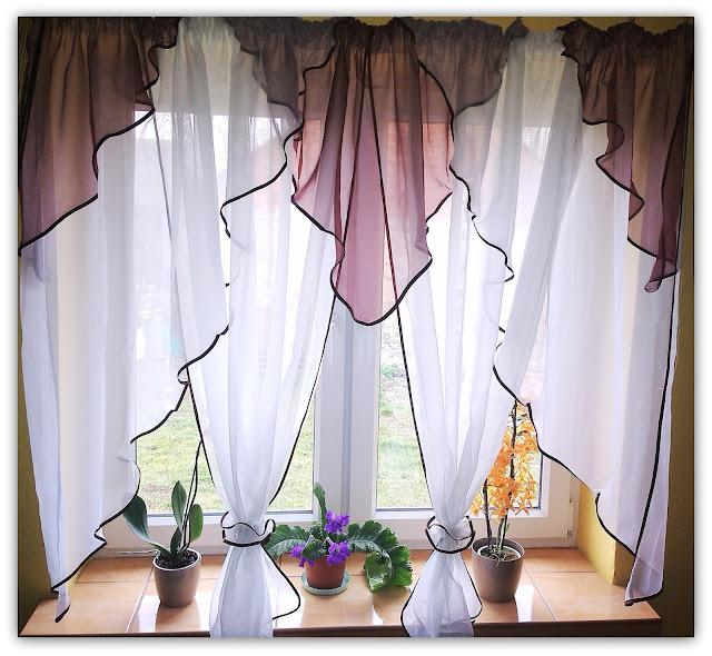 """Gotowa firana woalowa """"Dwa kwiaty"""" od Tekstylia Śląsk- przepiękna ozdoba za niską cenę."""