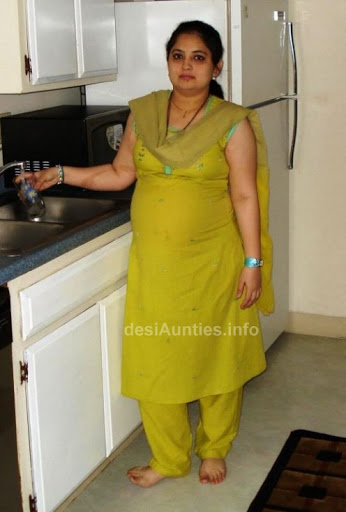 aunties hot images