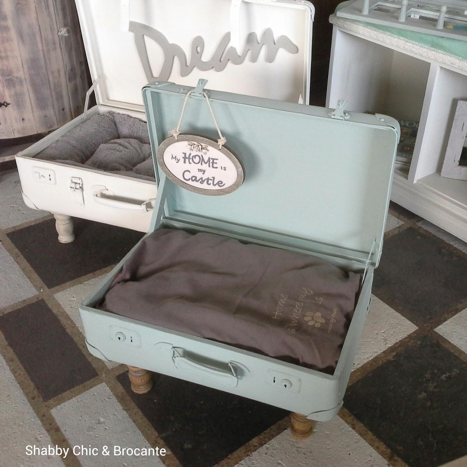 alter koffer als regal alter koffer vintage mit holz ca x. Black Bedroom Furniture Sets. Home Design Ideas