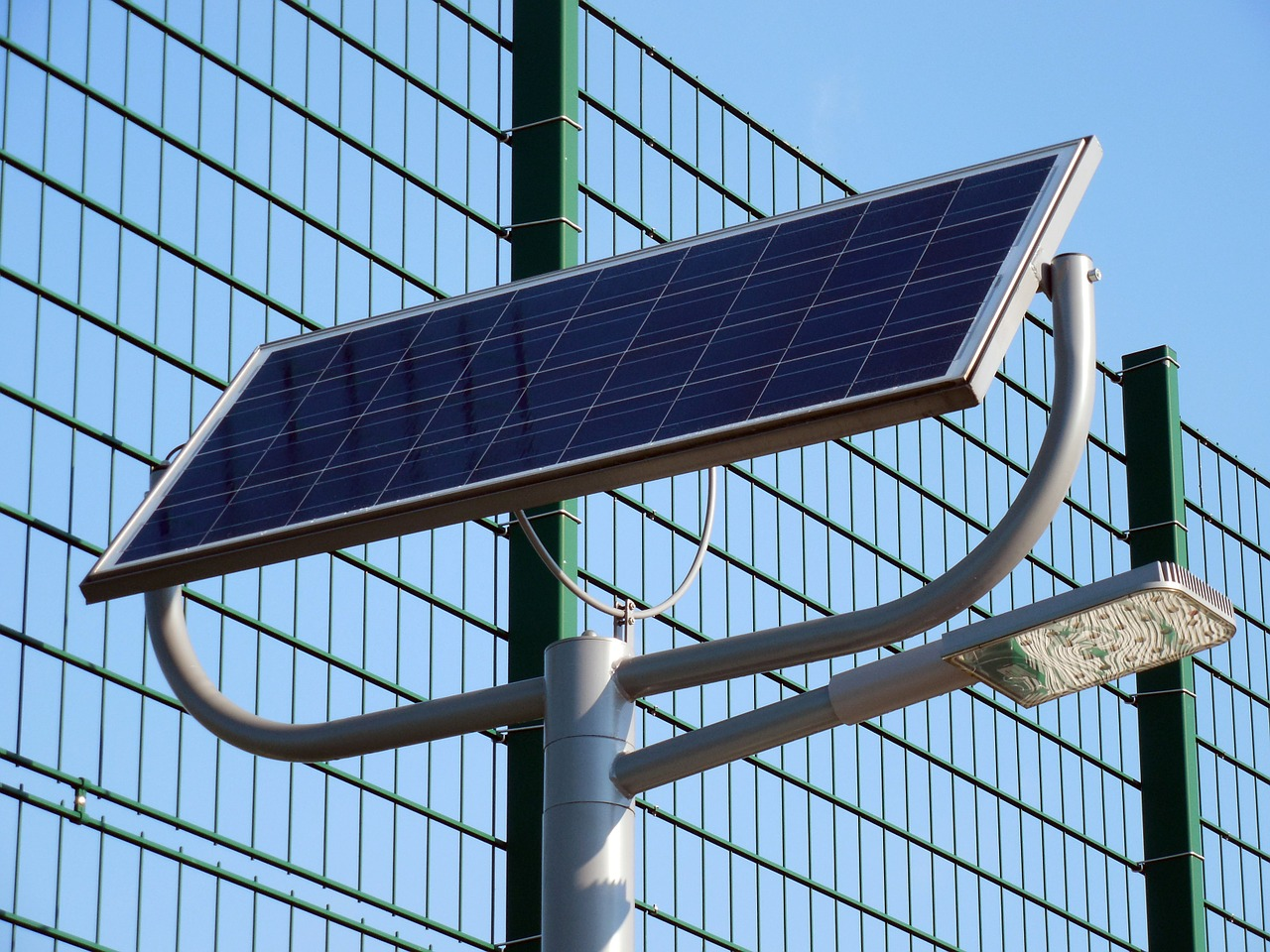 Solar Panel And Energy In Hindi
