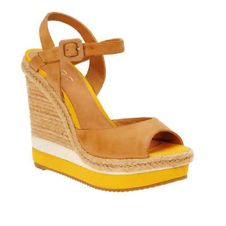 Sandal Wedges Cantik Yang Paling Disukai Wanita 201607