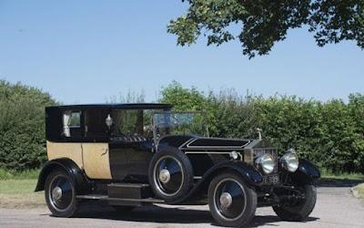 Το εσωτερικό αυτής της σπάνιας Rolls-Royce του 1929 θυμίζει παλάτι