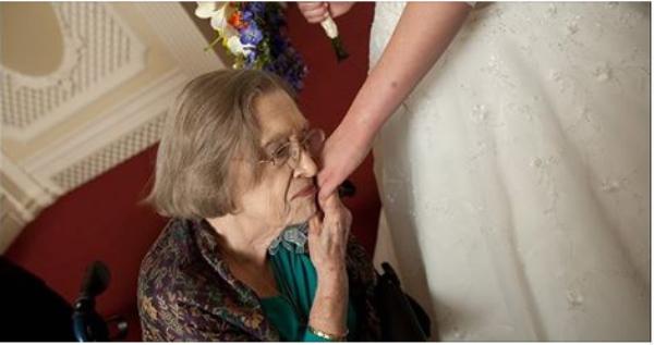 Είπε στη γιαγιά της ότι ο άντρας της την απατάει. Η απάντηση της γιαγιάς; Σοφή!