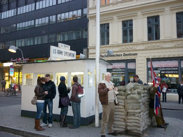 cosa vedere a berlino, Check Point Charlie