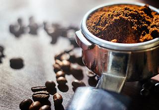 Cara cantik dengan ampas kopi