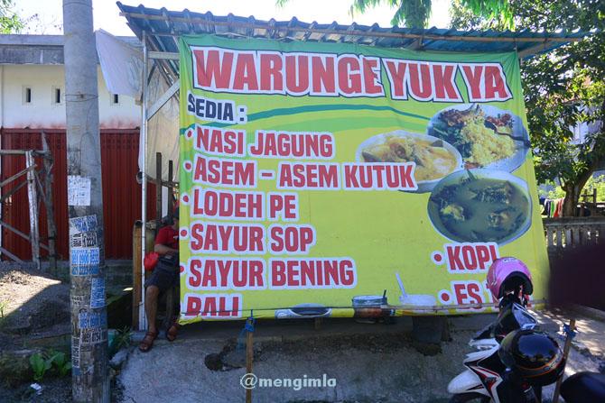 Warung Asem-asem ikan kutuk